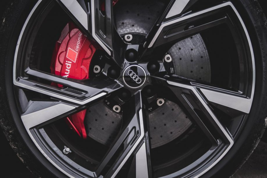 'Audi, Bentley en Porsche werken aan Model S-killer' – Autoblog.nl