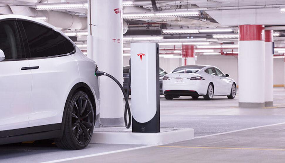 Tesla levert grootste Supercharger station in de wereld op – Autoblog.nl