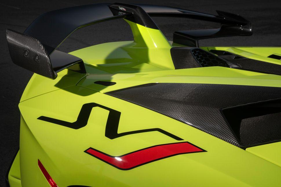 De atmosferische V12 houdt het nog even vol! – Autoblog.nl