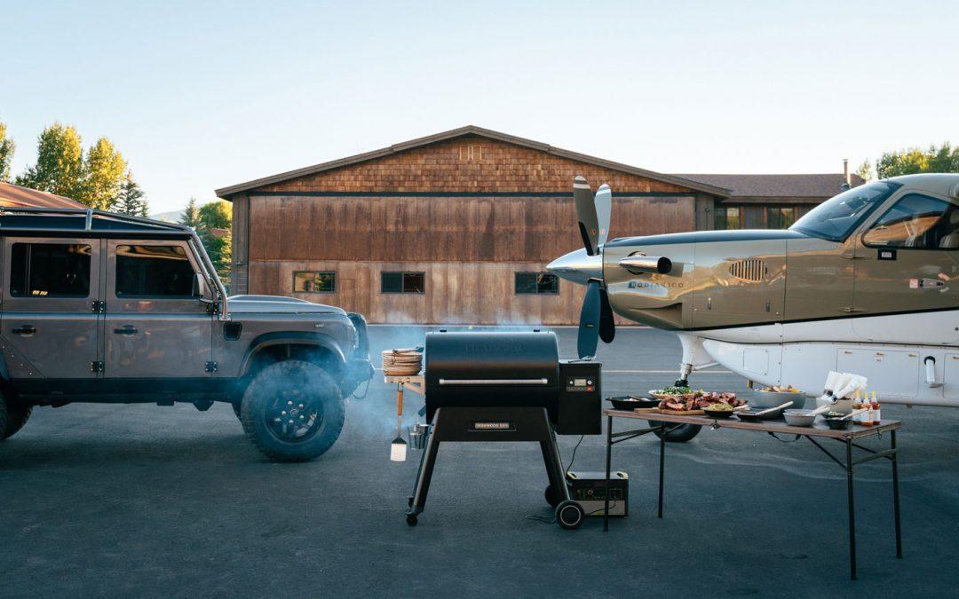 Combideal: Land Rover Defender en vliegtuig voor $3 miljoen – Autoblog.nl