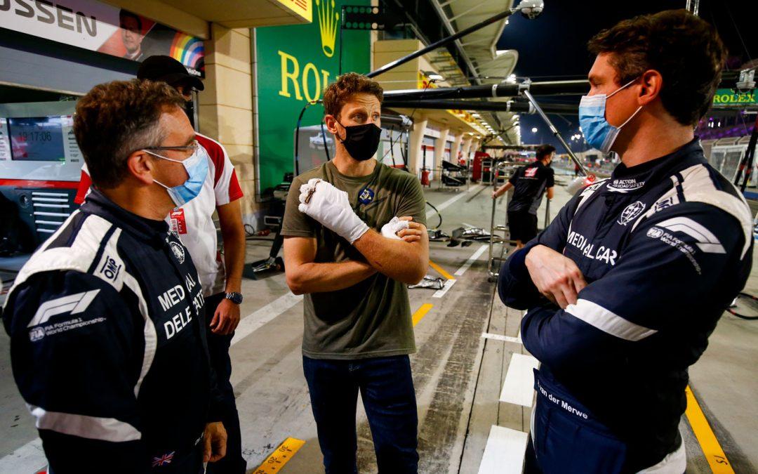 Video – Grosjean is terug in de paddock en ontmoet hulpverleners – Autoblog.nl