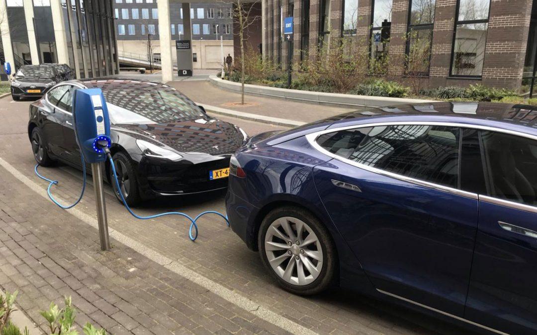 Opgelet: dieven hebben het gemunt op Tesla-laadkabels – Autoblog.nl