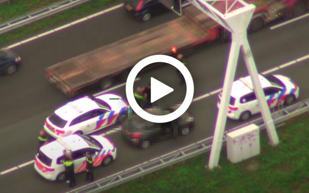 Video – politie sluit verdachten in op de A20 – Autoblog.nl