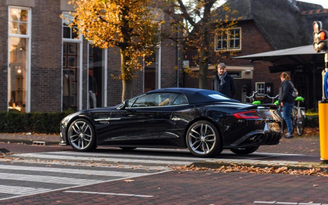 Aston Martin blijft 'voor altijd' bij de verbrandingsmotor – Autoblog.nl