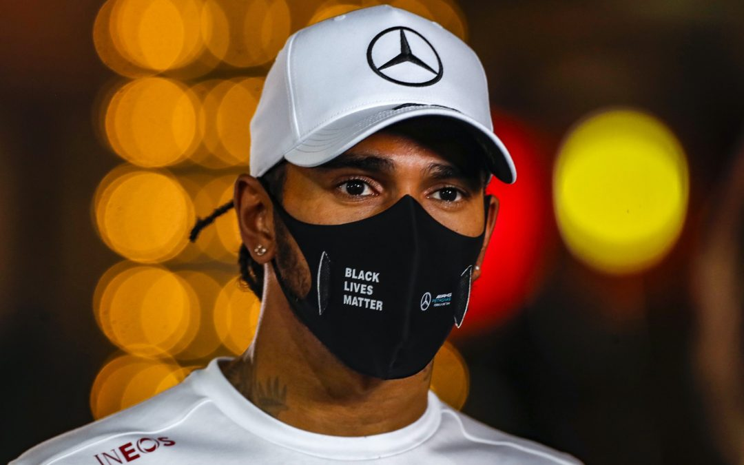 Hamilton voelt zich goed, kan weer racen in Abu Dhabi? – Autoblog.nl