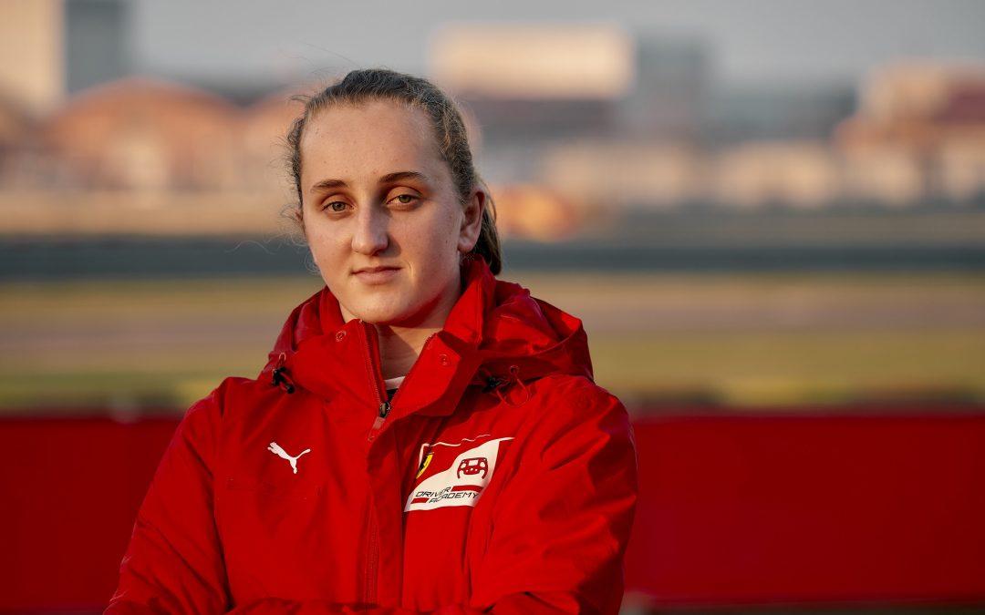 Wordt dit de eerste vrouwelijke Formule 1-coureur uit NL? – Autoblog.nl