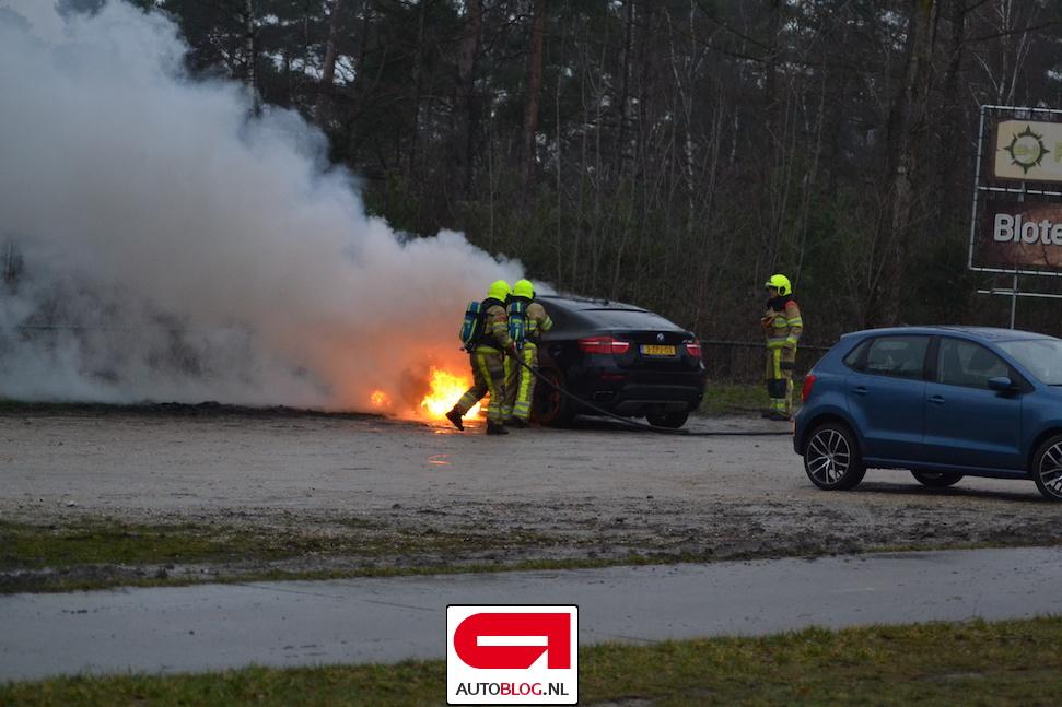Betrouwbaar ogende BMW X6 is vurig in Brunssum – Autoblog.nl