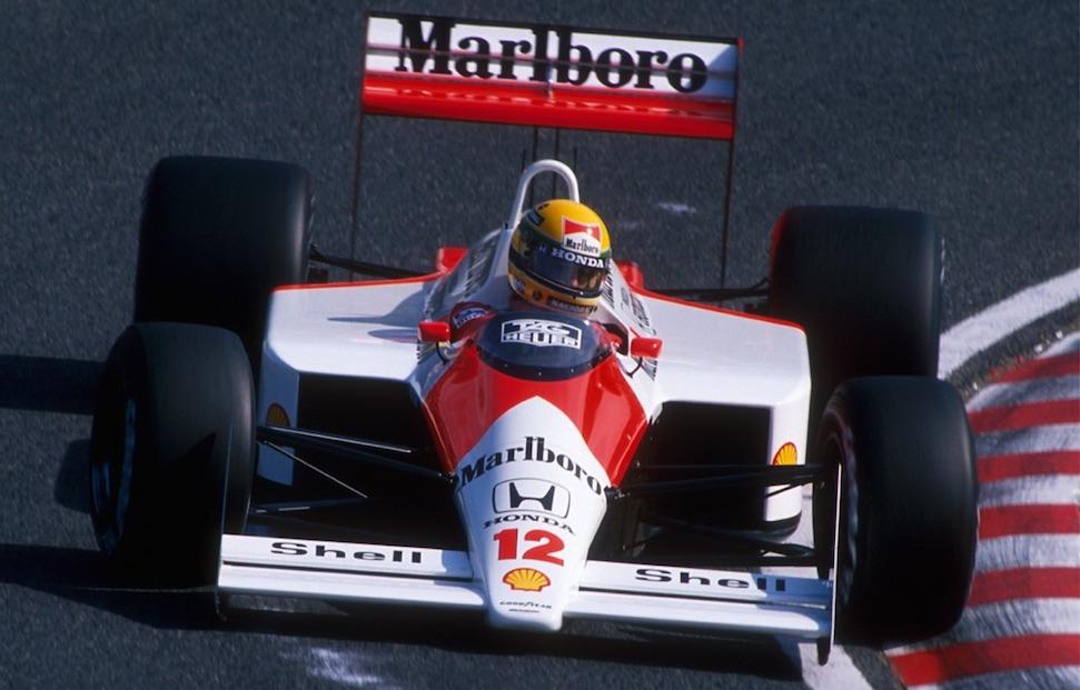 Het verhaal van Ayrton Senna die een Lewis Hamilton deed – Autoblog.nl