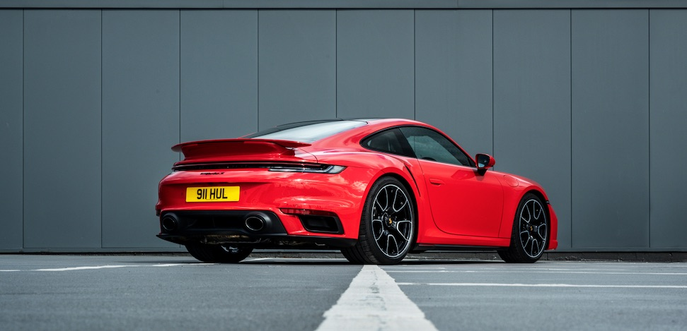 Porsche verkoopt minder auto's, maakt blubberdikke winst – Autoblog.nl