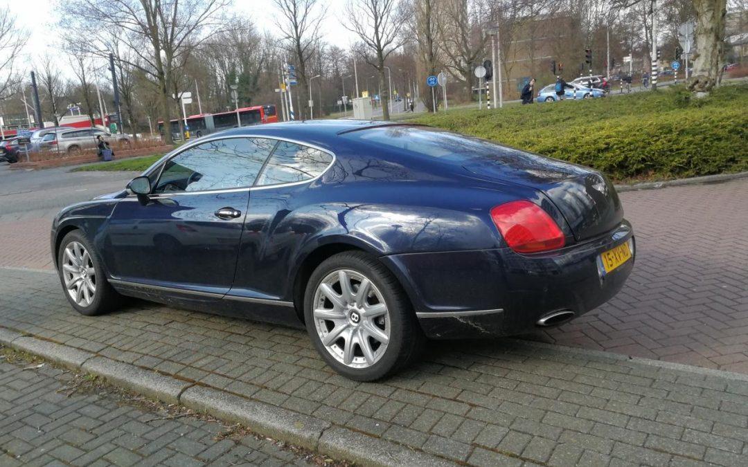 Geen parkeerplek voor je sportauto? Huur een Engine Room! – Autoblog.nl