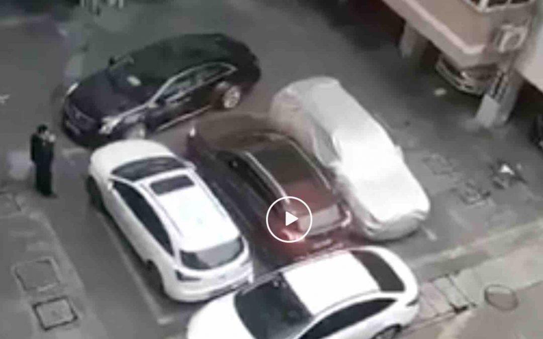 Video: waarom parkeersensoren overbodig zijn – Autoblog.nl