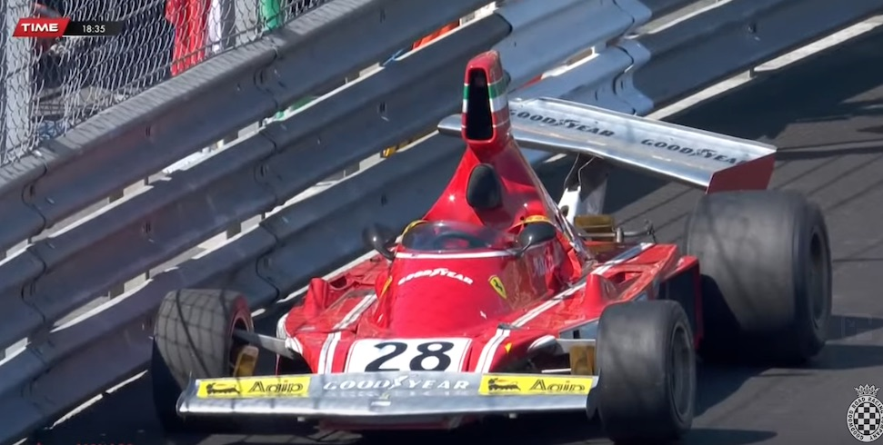 Video: René Arnoux rijdt peperdure Ferrari 312B3 aan barrels – Autoblog.nl