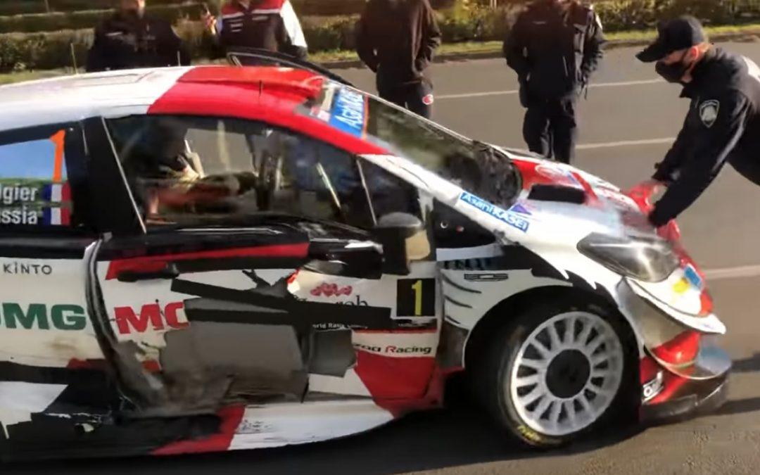 Man rijdt door politiecordon heen, wint WRC Rally – Autoblog.nl