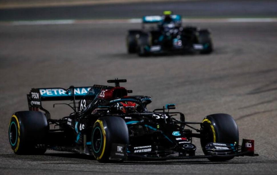 """Mercedes: """"Russell zit na vandaag dichter bij Renault Clio Cup"""" – Autoblog.nl"""