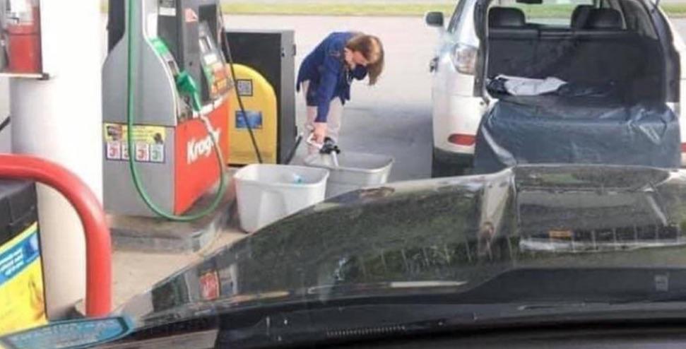 Amerika raadt burgers aan geen benzine in plastic zakken te doen – Autoblog.nl
