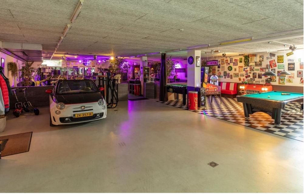 Te koop: de ultieme mancave met plek voor 4 auto's – Autoblog.nl