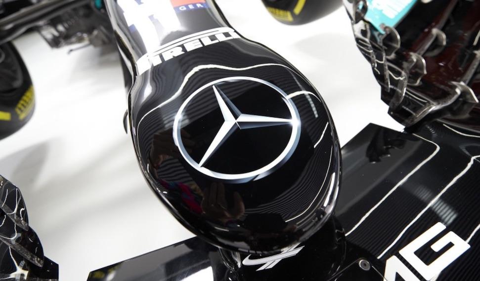 Lewis Hamilton doet zijn huiswerk liever niet – Autoblog.nl