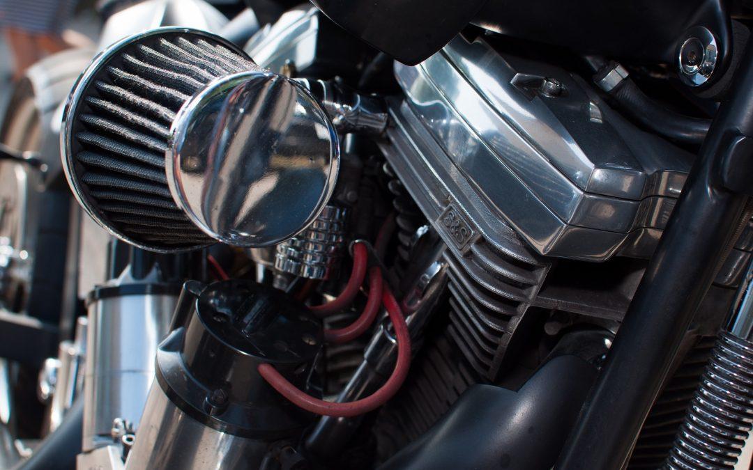 Hoe vervang je een luchtfilter voor een motorfiets