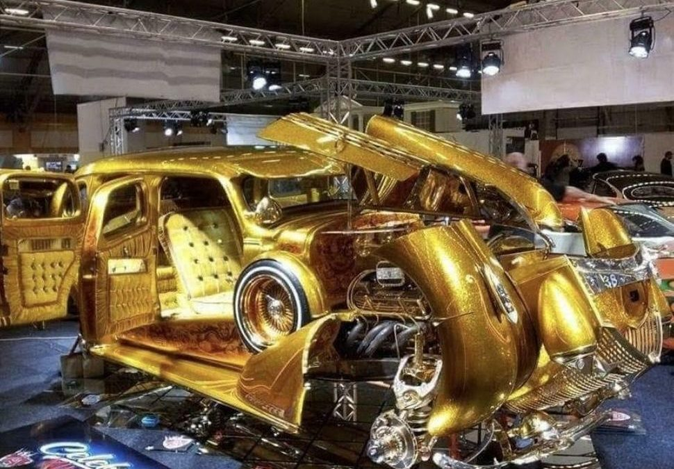 Peperdure gouden lowrider op Marktplaats is… heftig – Autoblog.nl