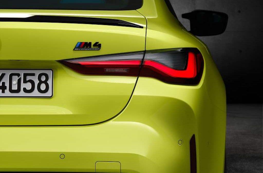 Video: boenderen met de BMW M4 'CSL' – Autoblog.nl