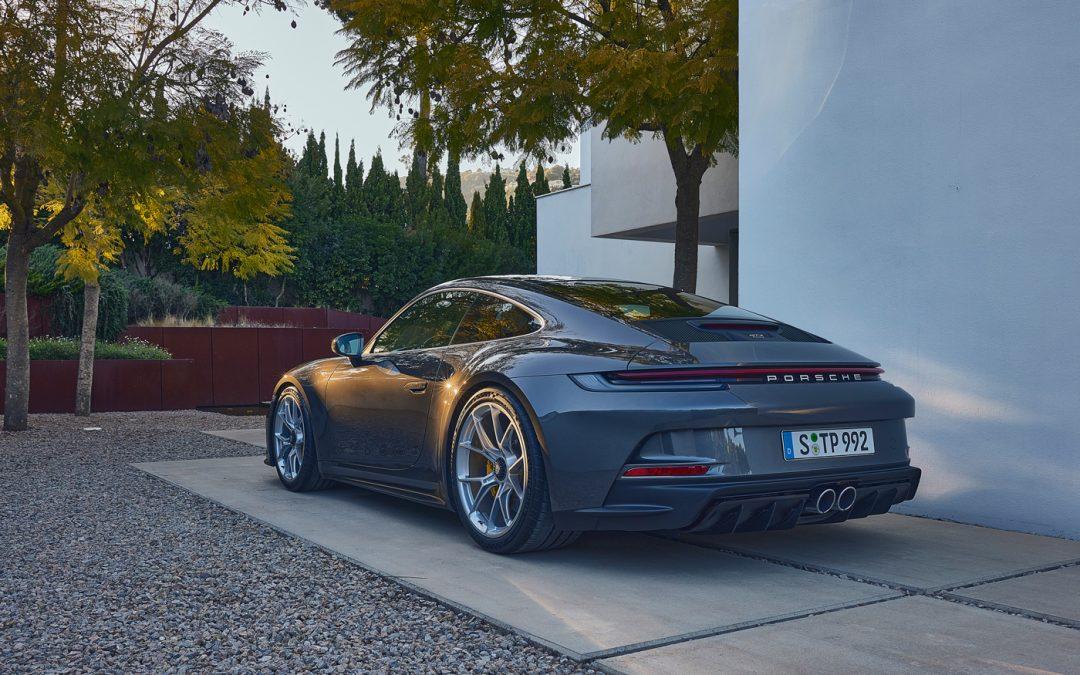 Porsche 992 GT3 Touring heeft een schandalig lekkere kont – Autoblog.nl