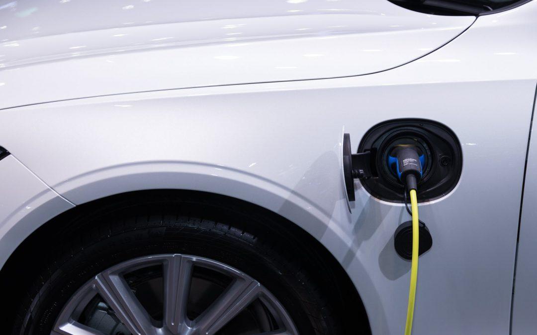 Redenen om voor een elektrische private lease auto te kiezen
