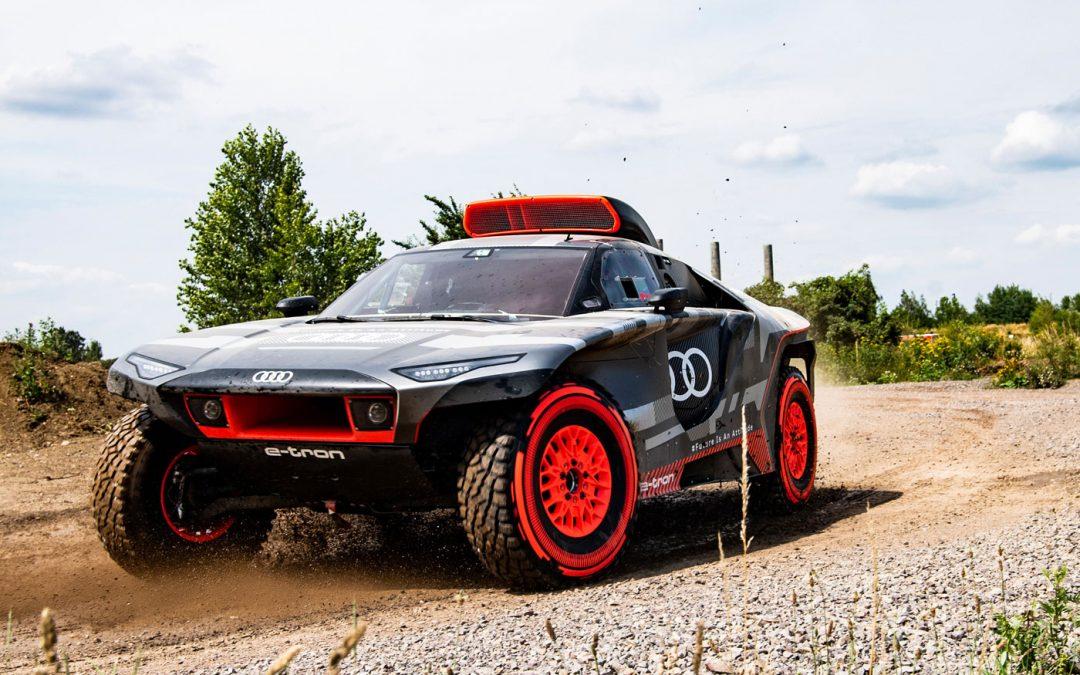 Audi RS Q e-tron is high tech rallymonster