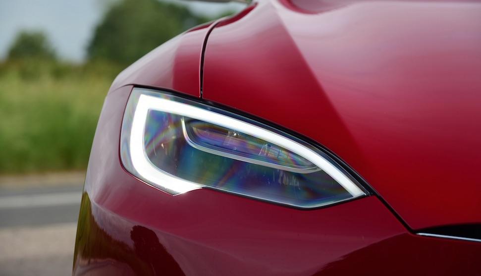 Tesla maakt Model S en Model X kneiterduur – Autoblog.nl