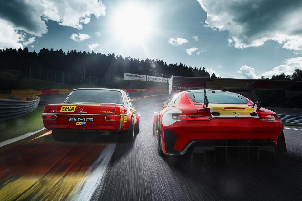 Drietal Mercedes racers viert de tofste AMG racer ooit