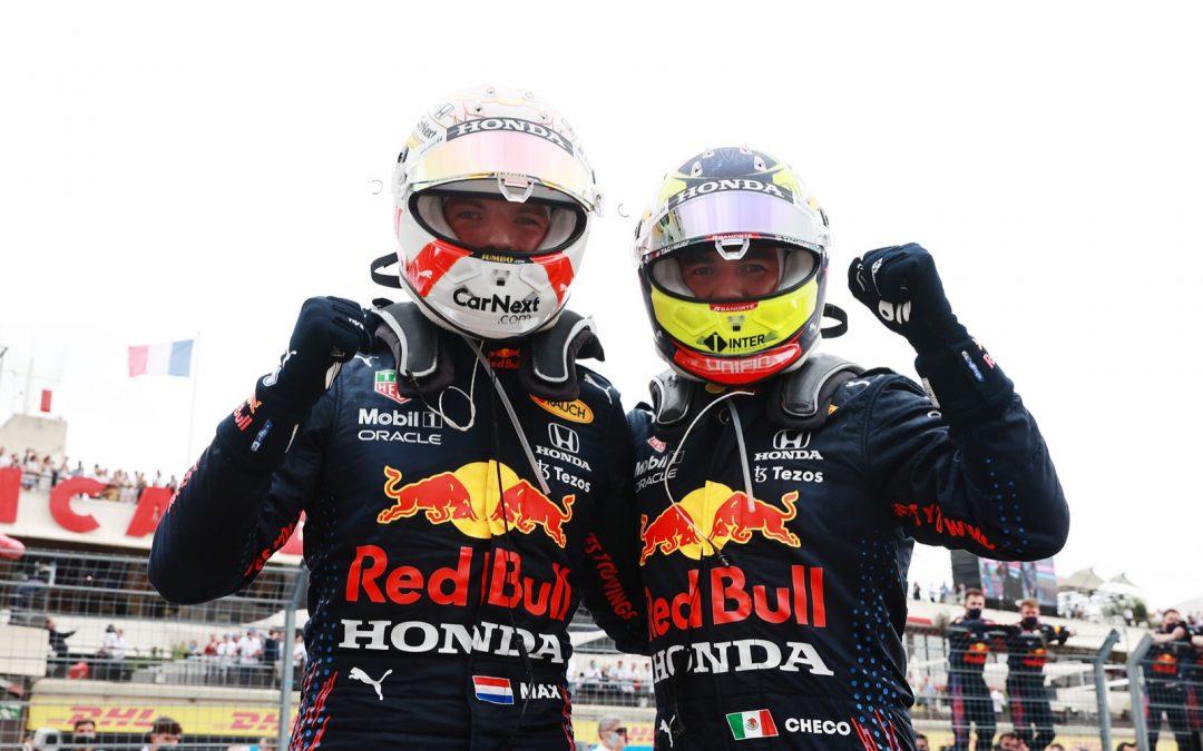 Sergio Perez blijft waarschijnlijk nog wel even bij Red Bull