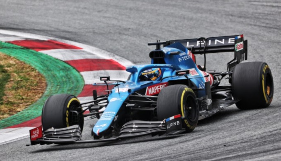 "Alonso: ""Heb Verstappen geholpen, Hamilton zeurt altijd"""
