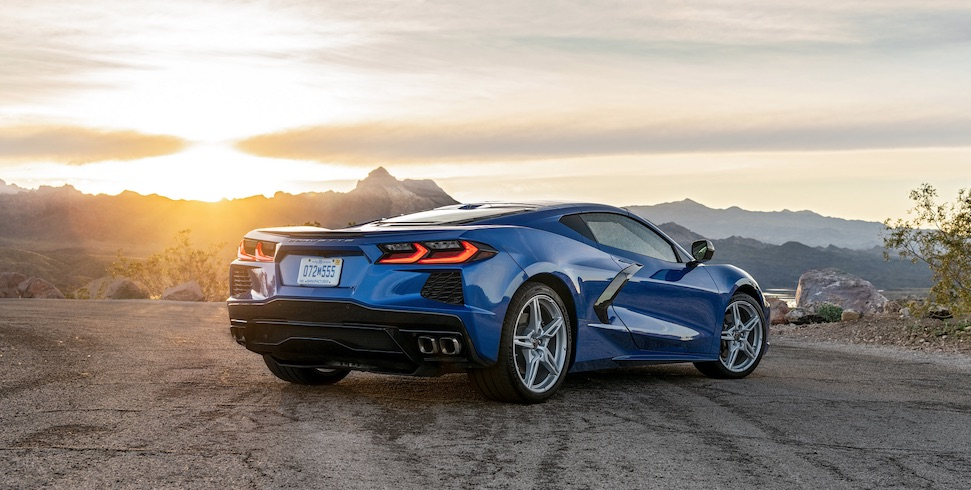 Monteur scheurt met Corvette, klant krijgt nieuwe Corvette