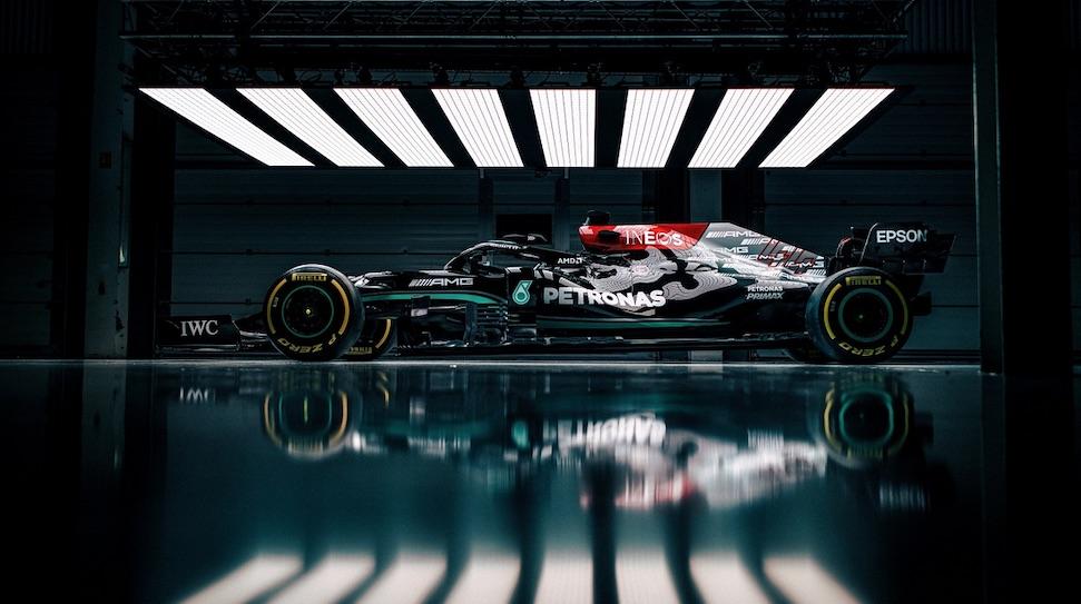"""Mercedes: """"Gevecht met Red Bull minder zwaar dan met Ferrari"""""""