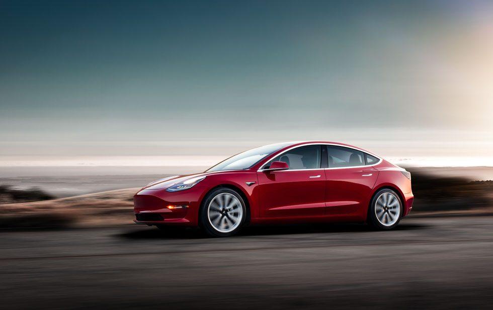 Tesla Model 3 verkoopt dubbel zo goed als ID.3 in Europa