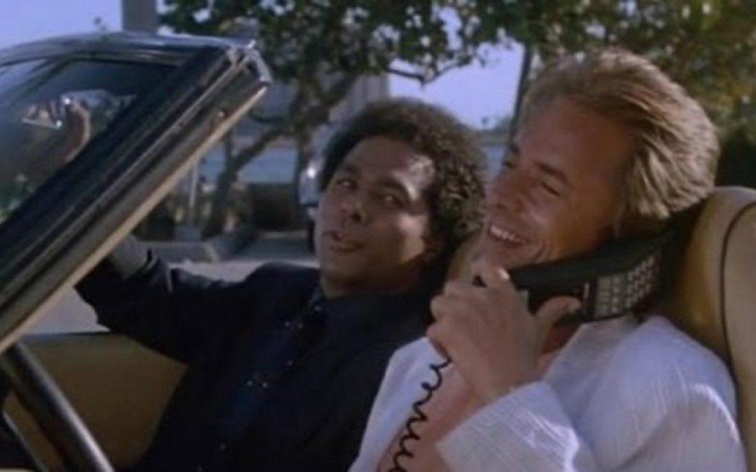 Rechter: telefoon mag op schoot, niet in handen