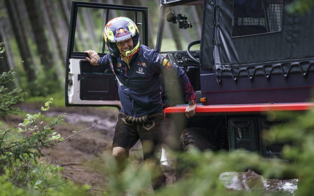 Video: Sergio Perez crasht in verkenningsronde
