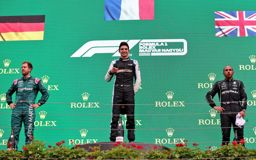 BREEK: Vettel gediskwalificeerd, Hamilton P2! [UPDATE]
