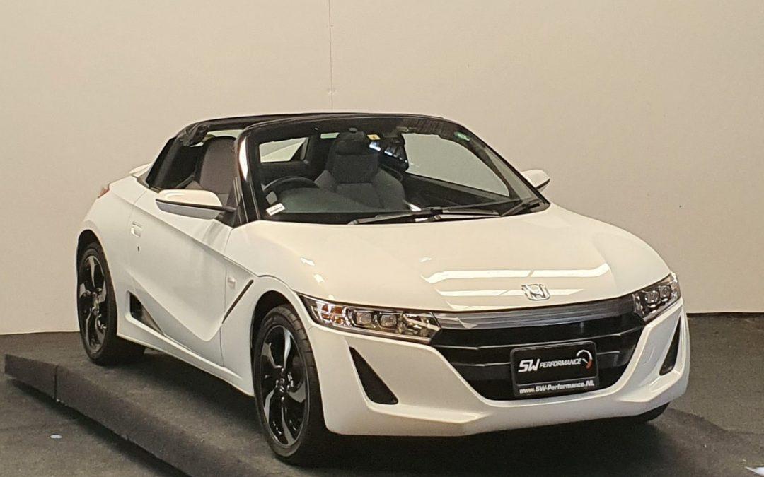 Koop deze ieniemienie kleine Honda S660 gewoon in Nederland