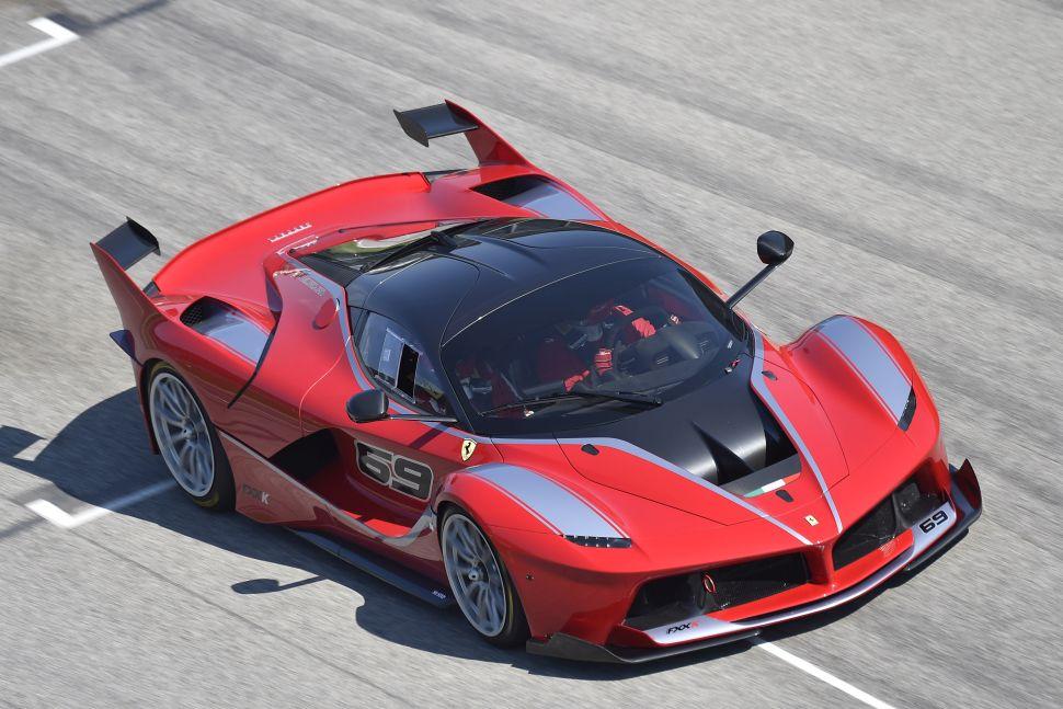 Topman Stellantis en Elon Musk: autonome Ferrari slecht idee