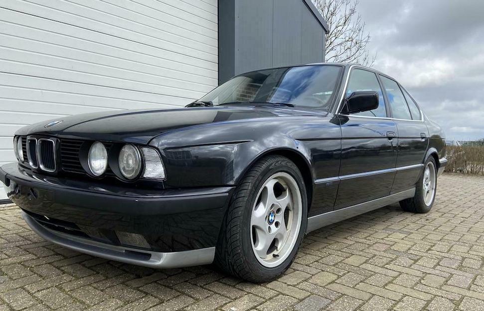 Dit is de goedkoopste BMW E34 M5 van Marktplaats