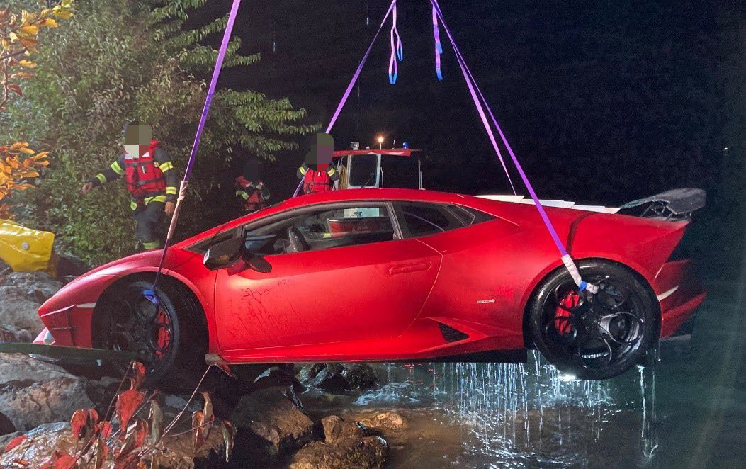 Lamborghini rijdt de plomp in vanwege lullig foutje