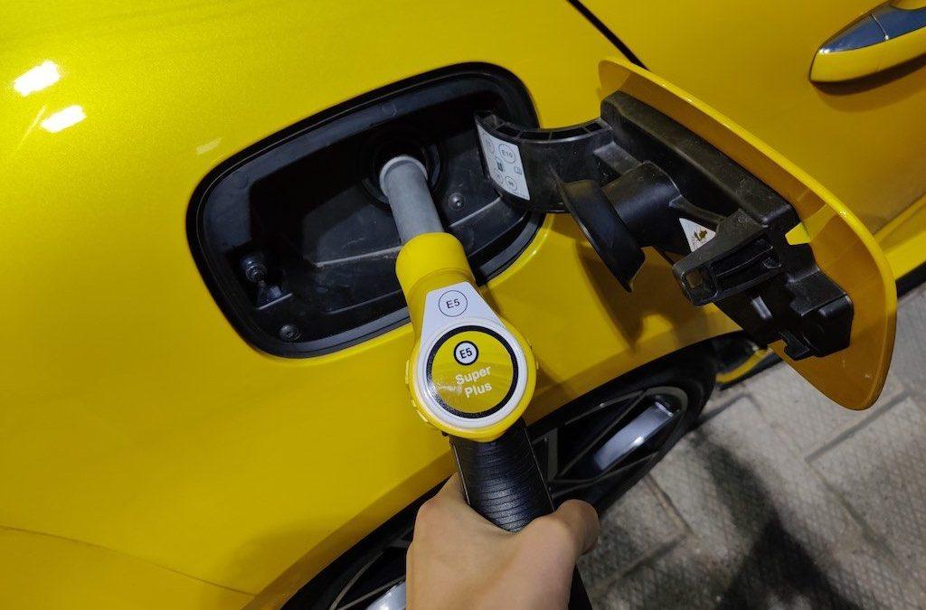 Politie waardeert handeltje in goedkope benzine niet