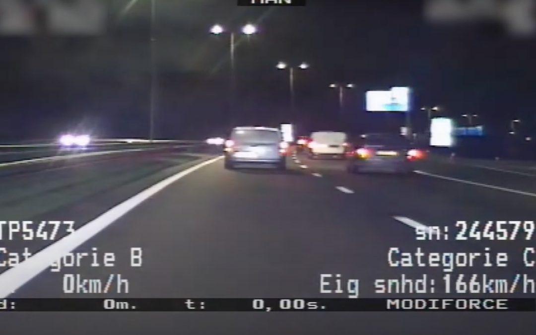Video: aanhouding auto met valse kentekenplaten